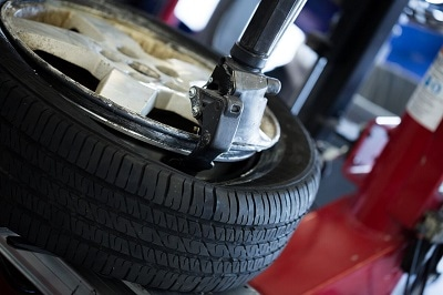 Tire changing machine showing when the bead is broken away from the rim